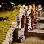 登り窯の窯屋内